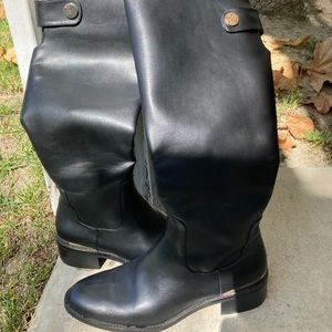 Zara Size 10 (Euro 41) black boots